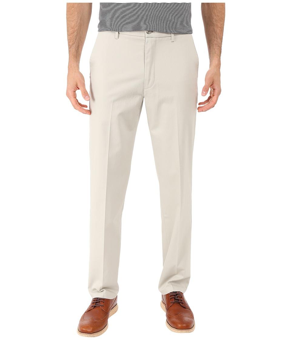 Dockers - Signature Khaki D1 Slim Fit Flat Front (Cloud Stretch) Men's Dress Pants