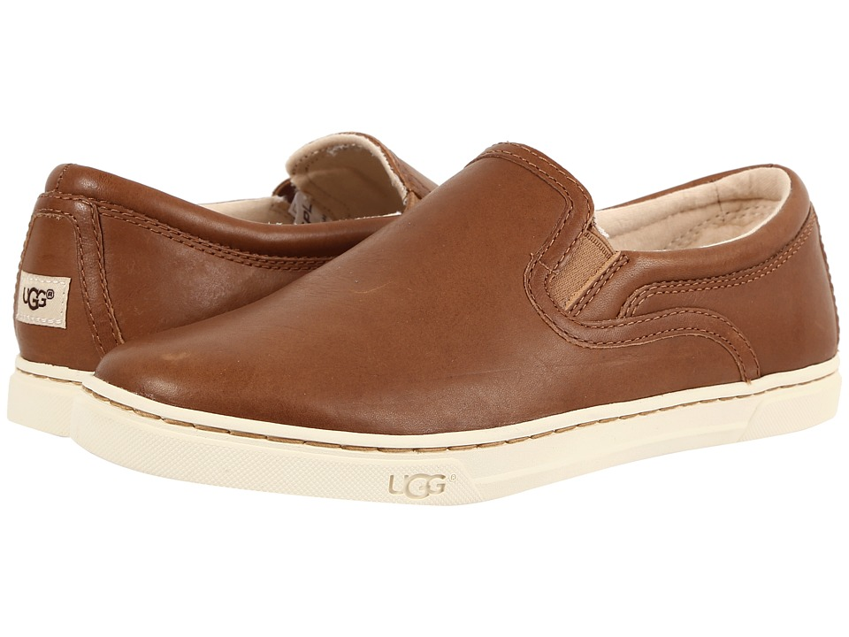 UGG - Fierce (Chestnut) Women's Flat Shoes