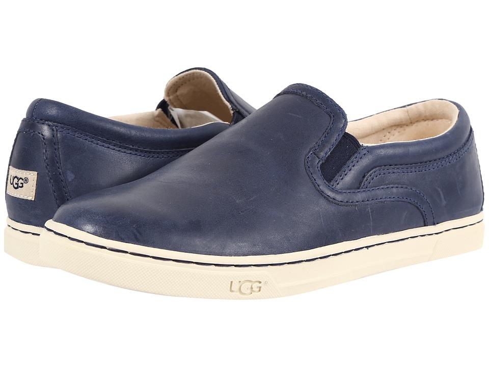 UGG - Fierce (Navy) Women's Flat Shoes