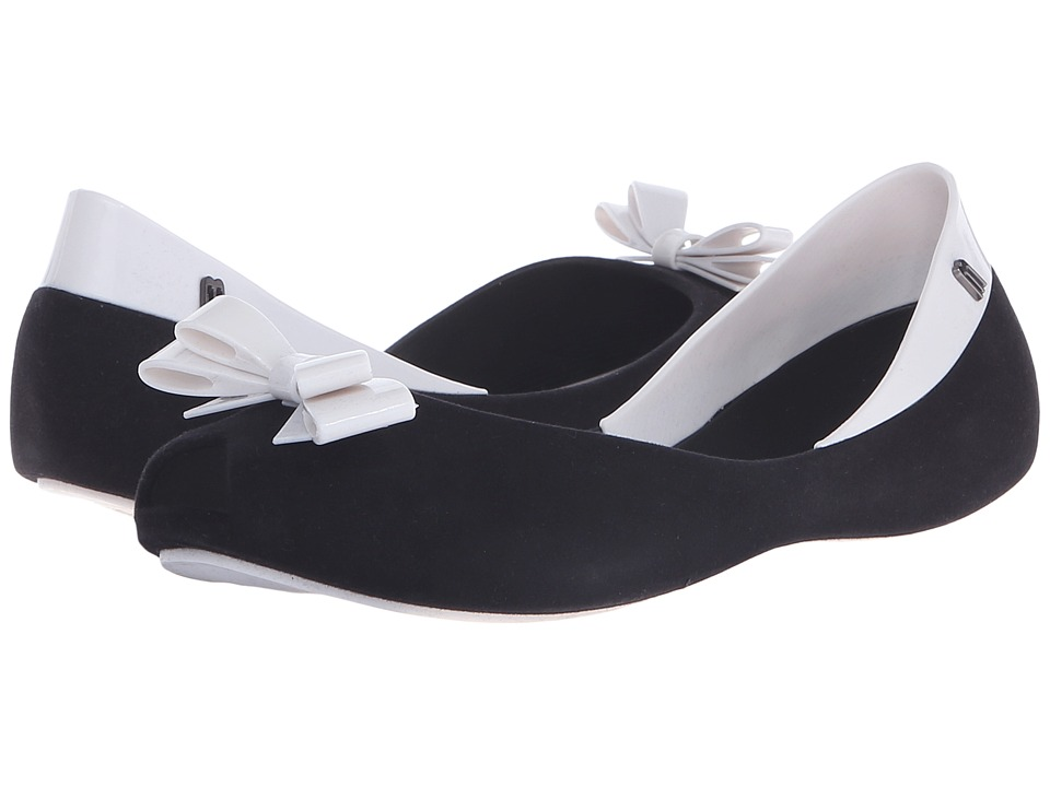 Melissa Shoes - Queen (Black/White) Women's Flat Shoes