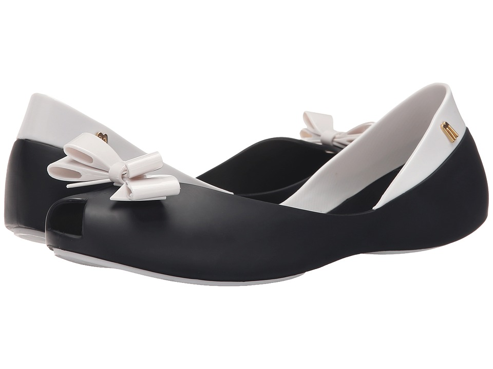 Melissa Shoes - Queen (Black/White/Matte) Women's Flat Shoes