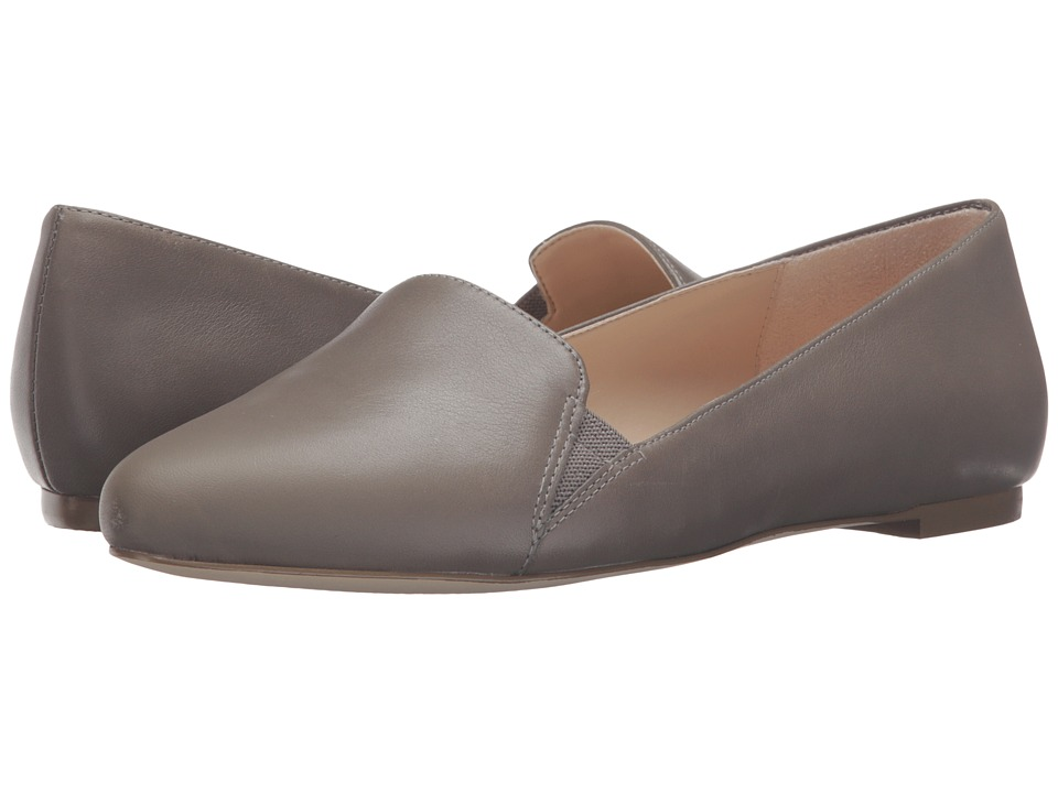 Dr. Scholl's - Require Original Collection (Brushed Nickel Leather) Women's Flat Shoes