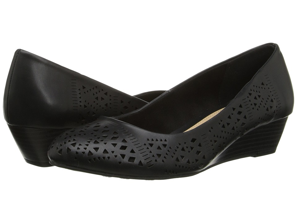 CL By Laundry - Margaret (Black) Women's Slip on Shoes