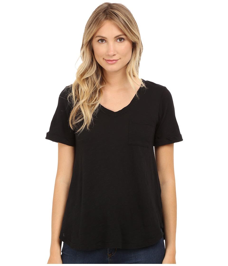 Allen Allen - Short Sleeve Vee w/ Pocket (Black) Women's Short Sleeve Pullover