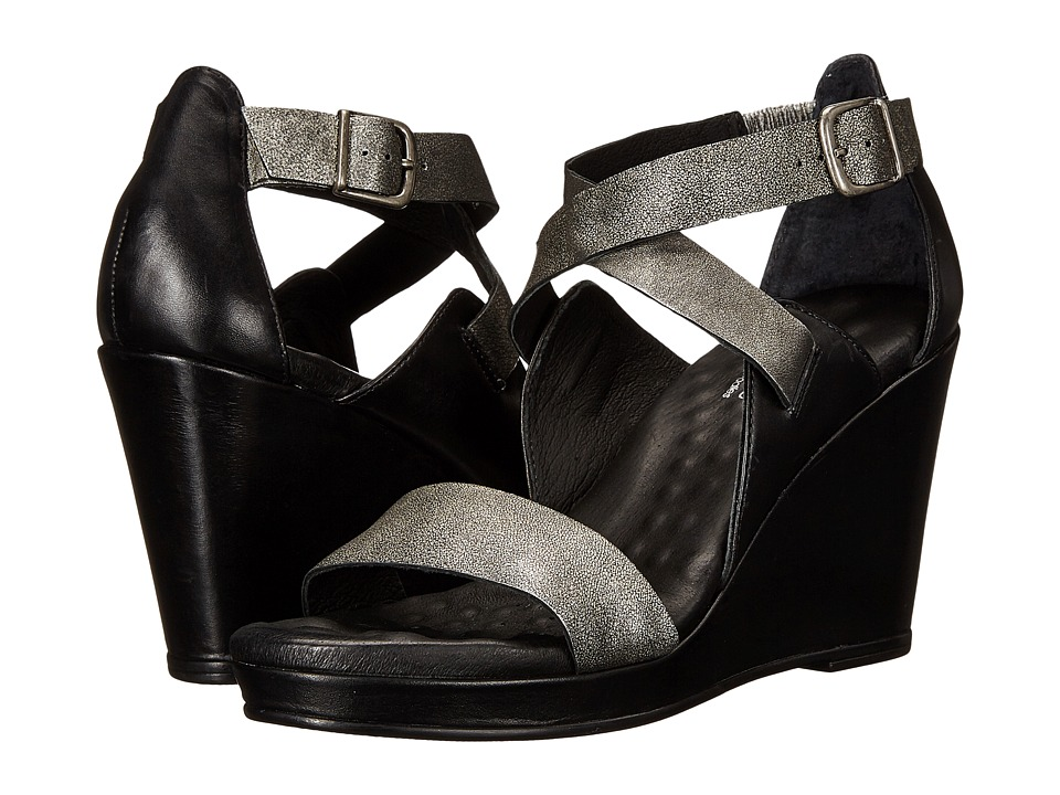 Walking Cradles - Karson (Black/Gun Metal) Women's Wedge Shoes