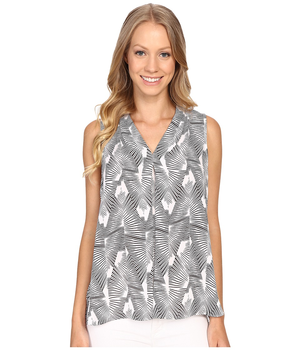 Vince Camuto - Sleeveless Graphic Strip Fan Invert Pleat Blouse (Ultra White) Women's Blouse