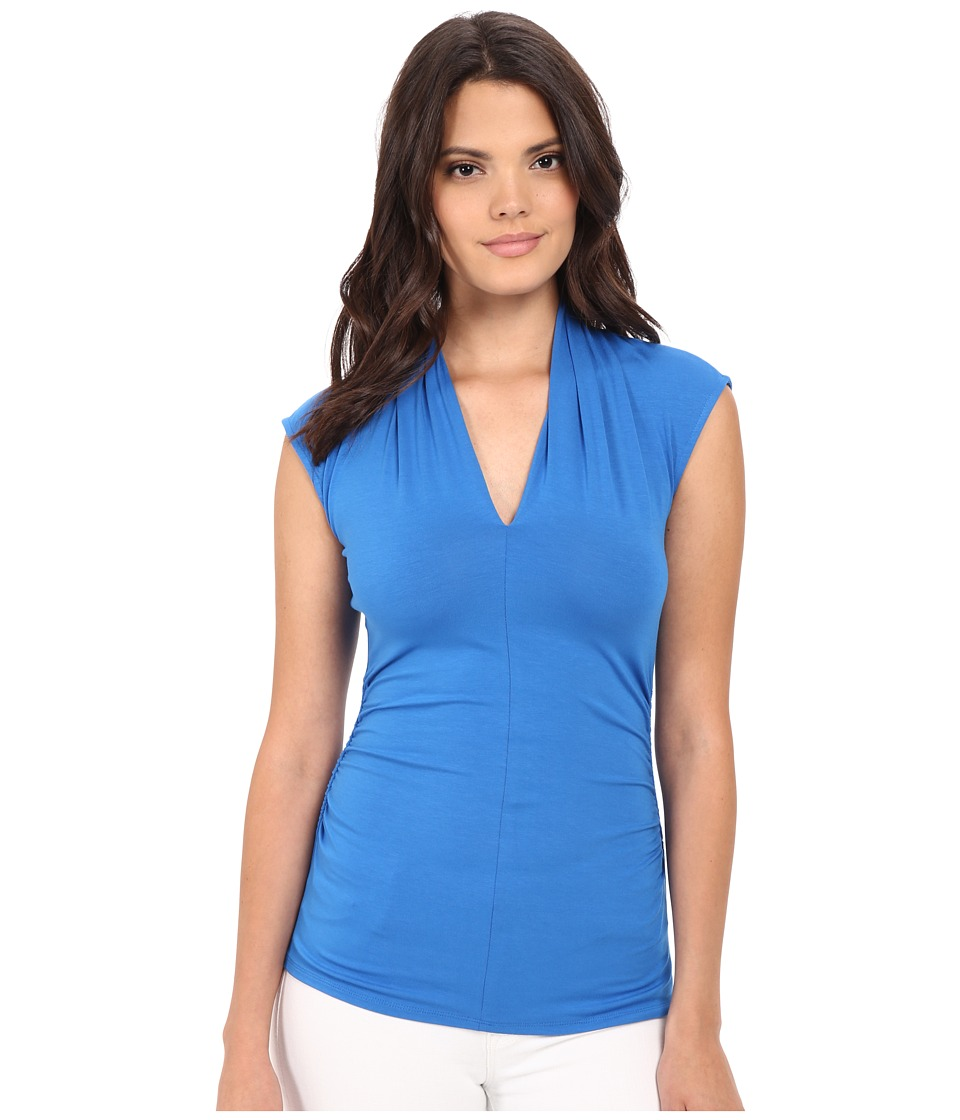 Vince Camuto - Sleeveless Pleat V-Neck Top (Poolside) Women's Sleeveless