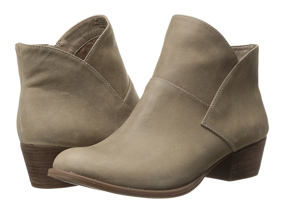 Jessica Simpson Darbey (Slater Taupe) Women