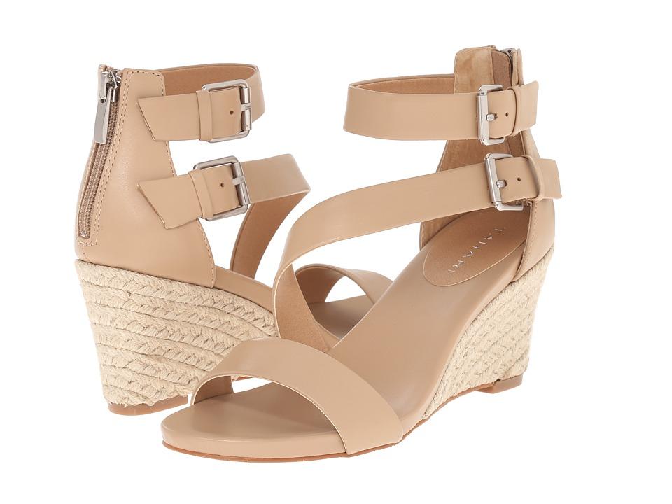Tahari - Flaunt (Fawn) Women's Shoes