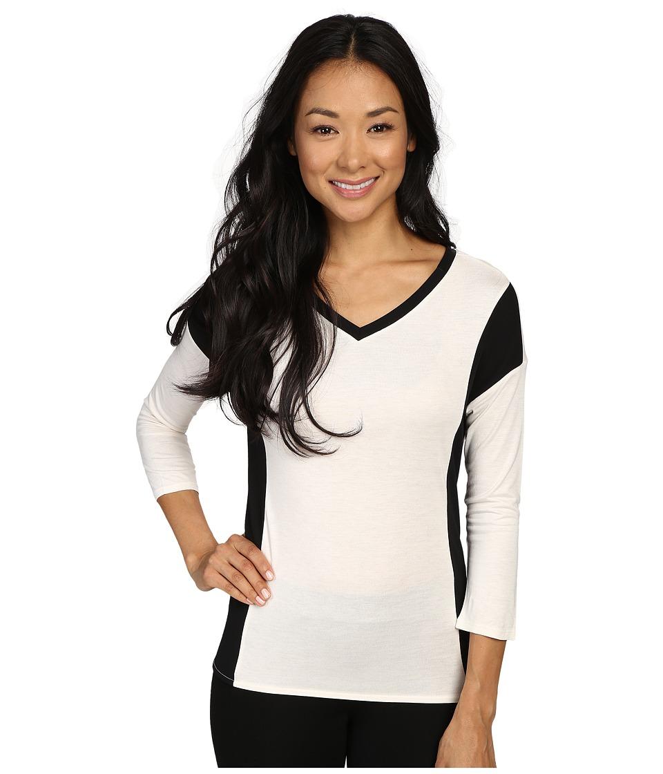 Calvin Klein Jeans - 3/4 Sleeve V-Neck Top (Gardenia) Women's Clothing
