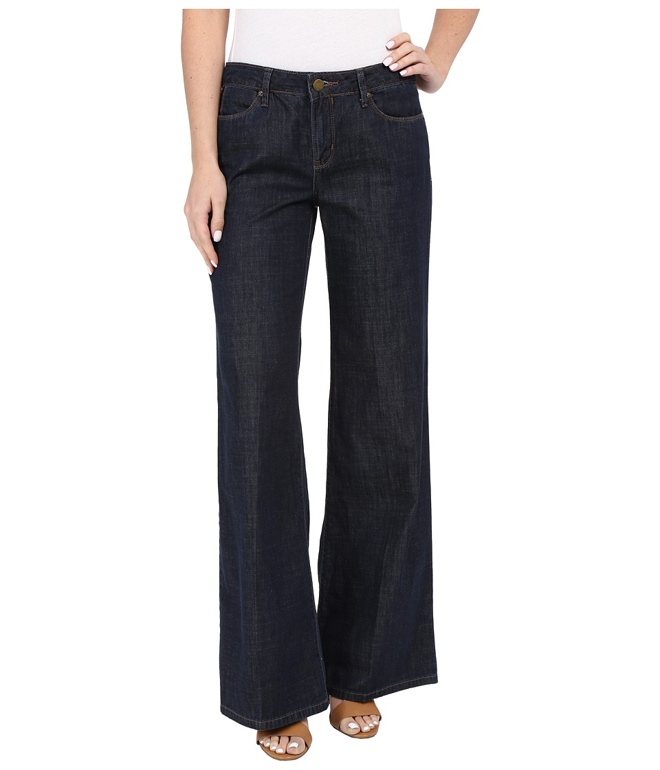 Calvin Klein Jeans - Easy Flare Dark Wash Jeans in Rinse (Rinse) Women