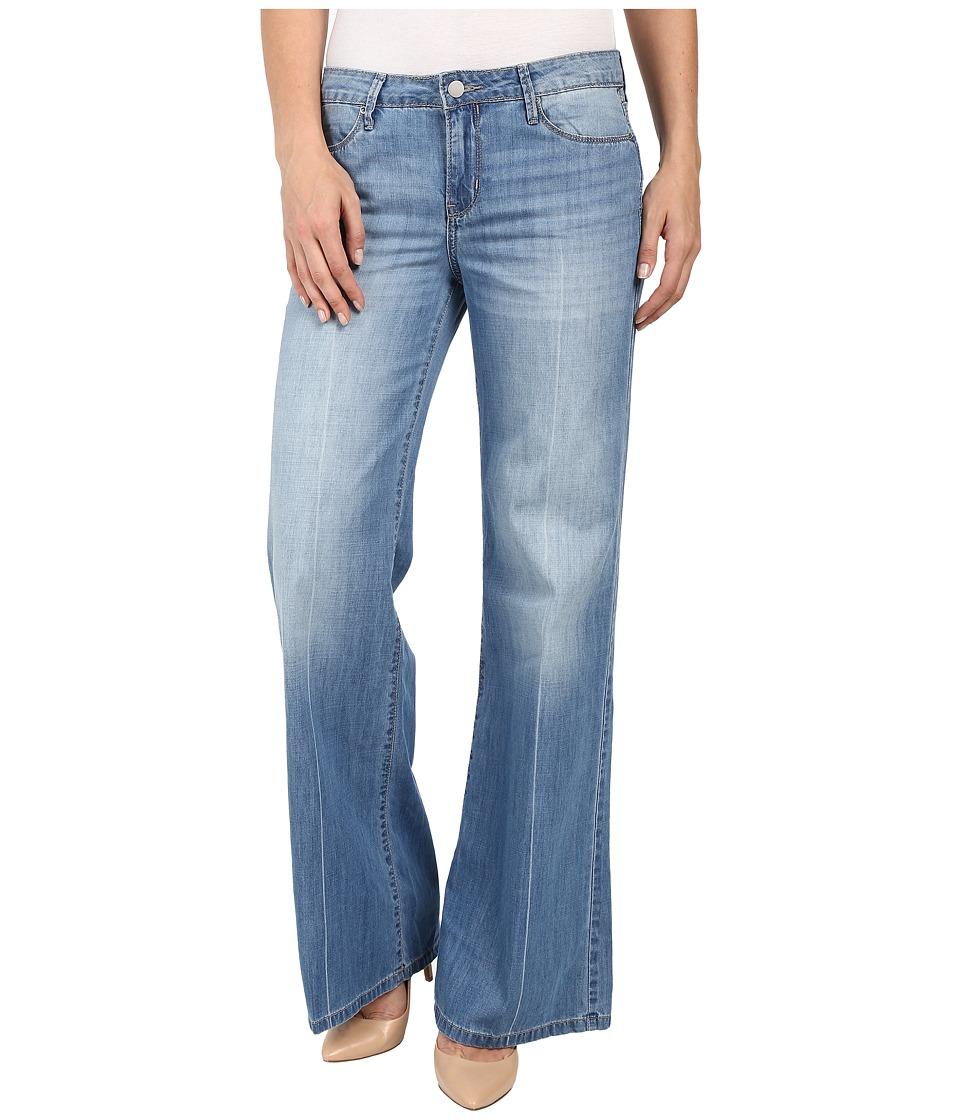 Calvin Klein Jeans - Easy Flare Jeans in Parker (Parker) Women's Jeans