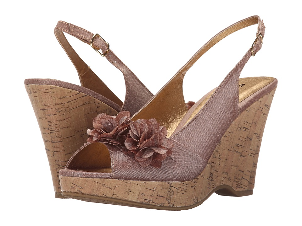 CL By Laundry - Immortal (Sand) Women's Wedge Shoes