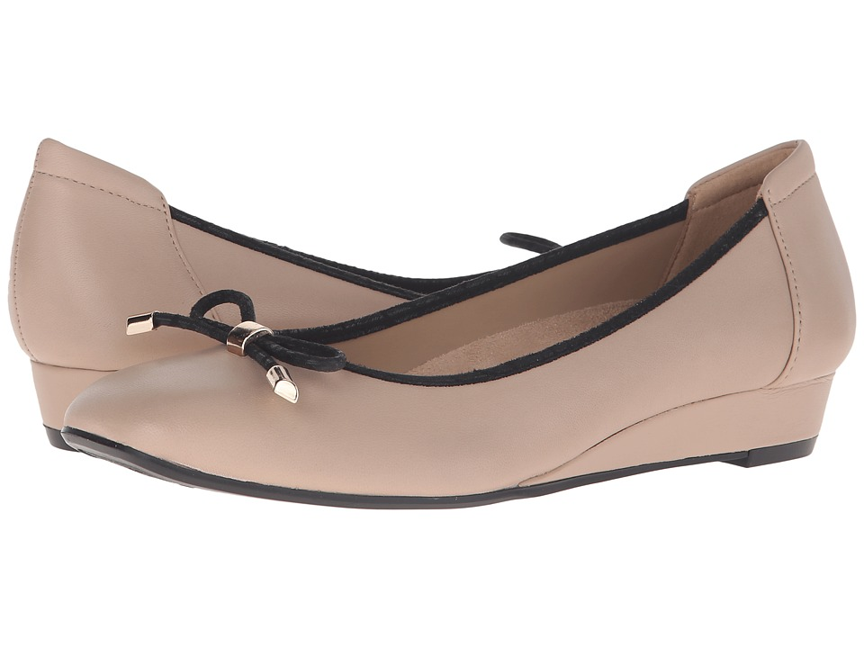 Naturalizer - Dove (Mocha Taupe Leather) Women