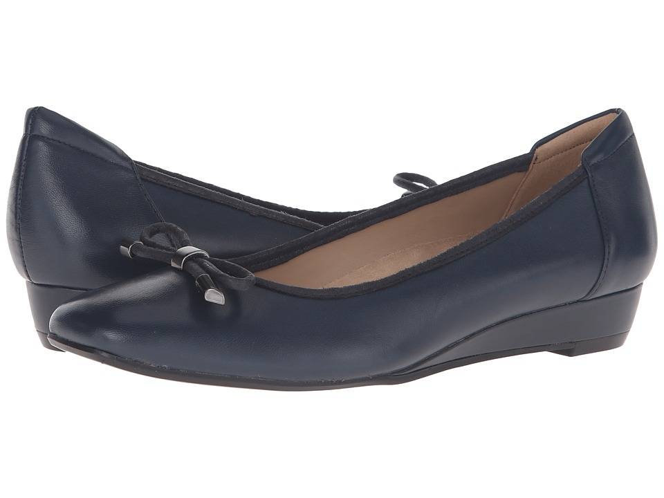Naturalizer - Dove (Classic Navy Leather) Women's Wedge Shoes