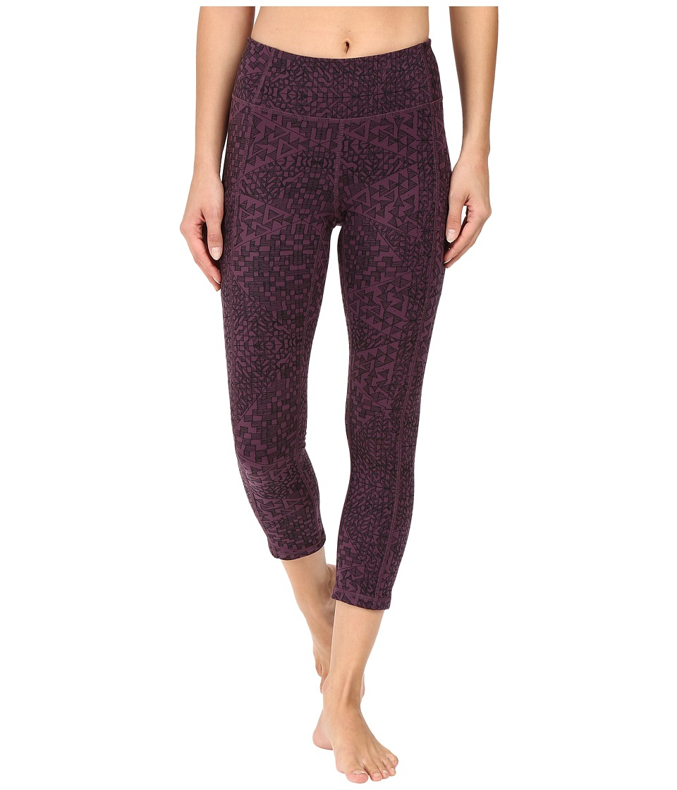 Lucy - Power Train Pocket Capris (Blackberry Kamakura Print) Women's Workout