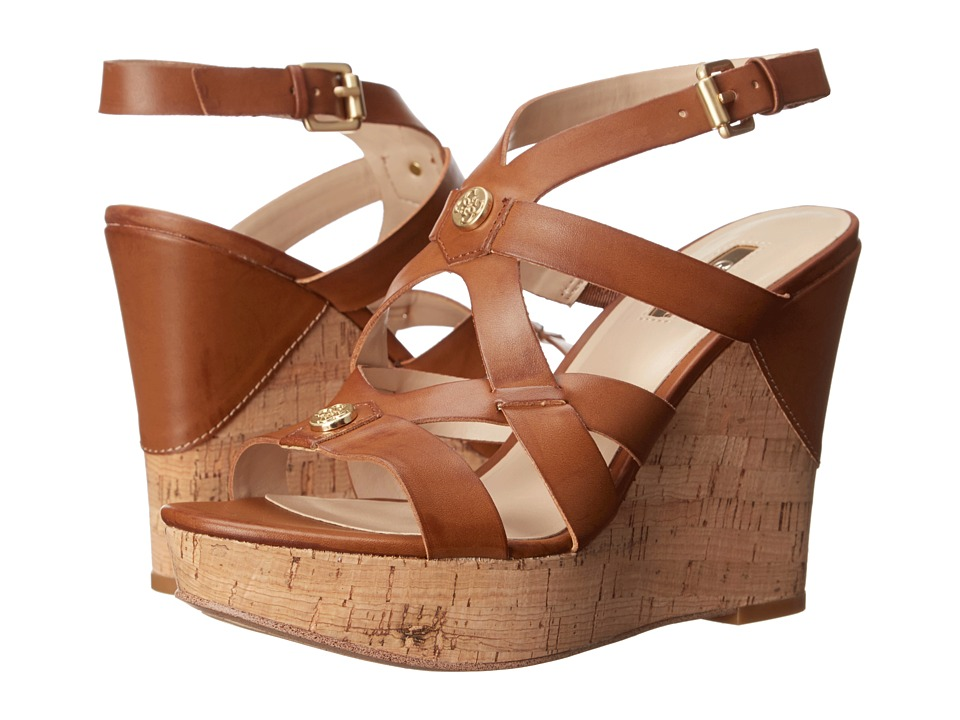GUESS - Holtee (Tan Synthetic Leather) Women
