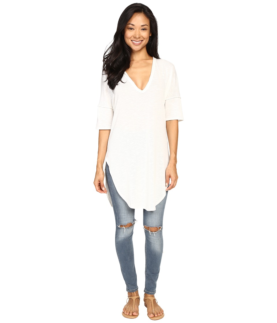 Lucy Love - V-Neck Tunic (White) Women's Blouse