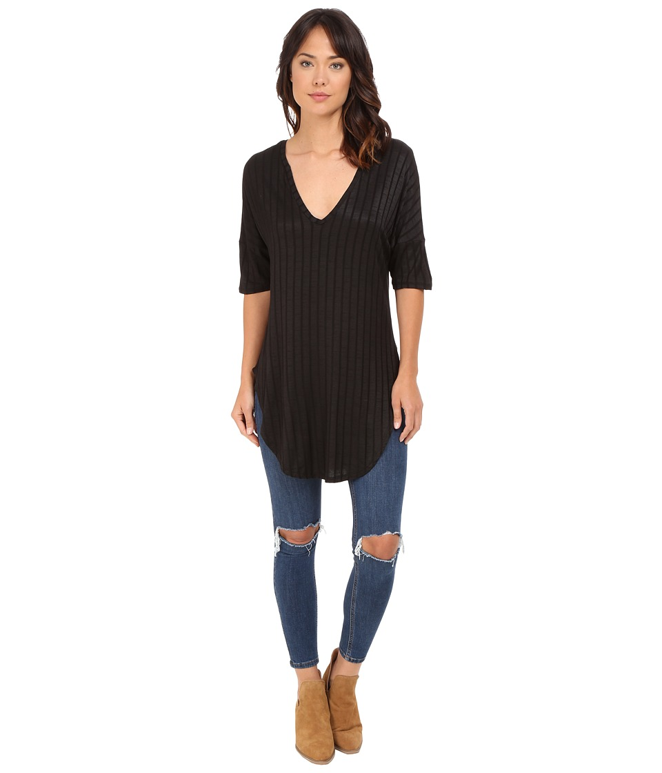 Lucy Love - V-Neck Tunic (Black) Women's Blouse