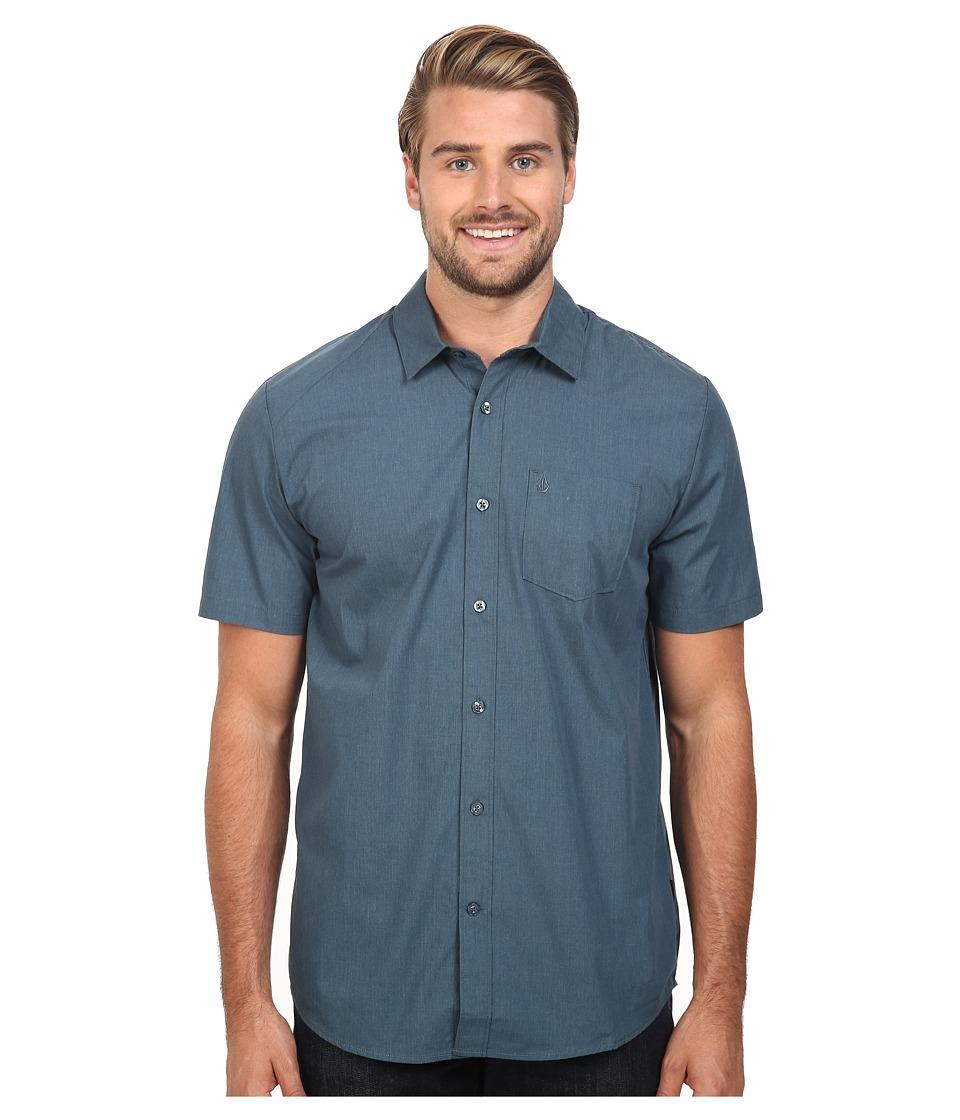 Volcom - Everett Solid Short Sleeve Woven (Airforce Blue) Men's Short Sleeve Button Up