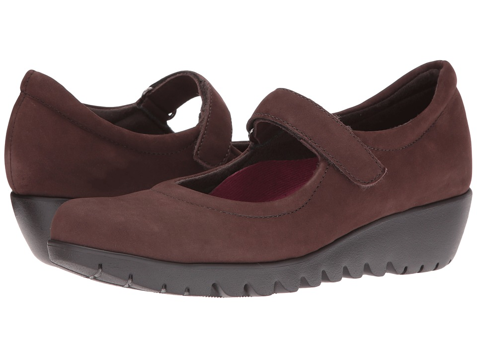 Munro - Pia (Brown Nubuck) Women's Hook and Loop Shoes