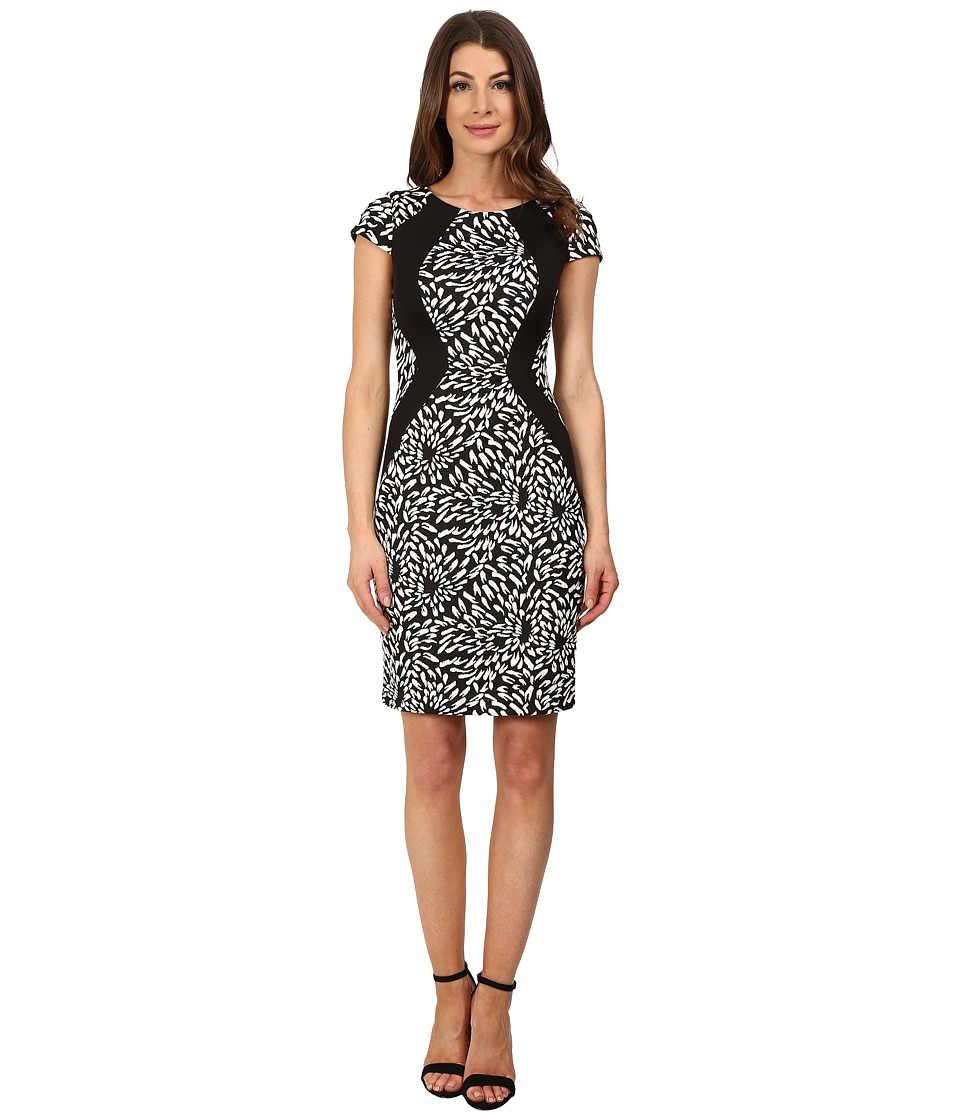 Sangria - Short Sleeve Animal Print Knit Sheath (Black/Ivory) Women's Dress