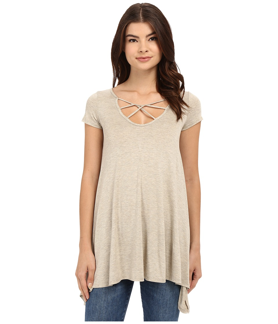 Culture Phit - Aubrianna Cap Sleeve Top with Front Twist (Taupe) Women's Clothing