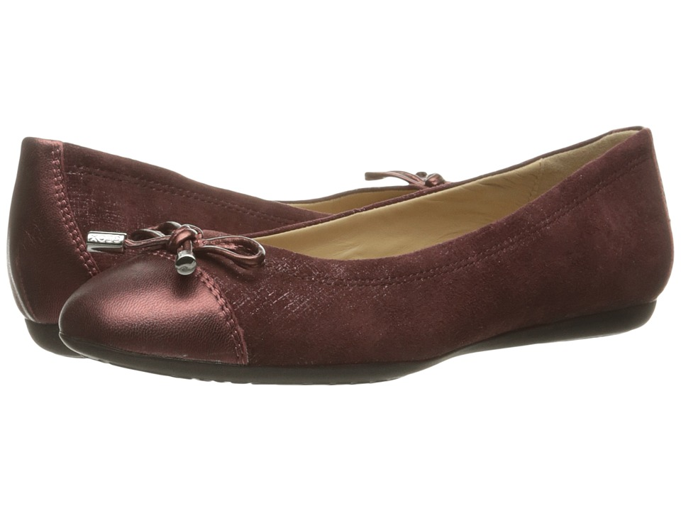 Geox - WLOLA106 (Dark Burgundy/Bordeaux) Women's Shoes