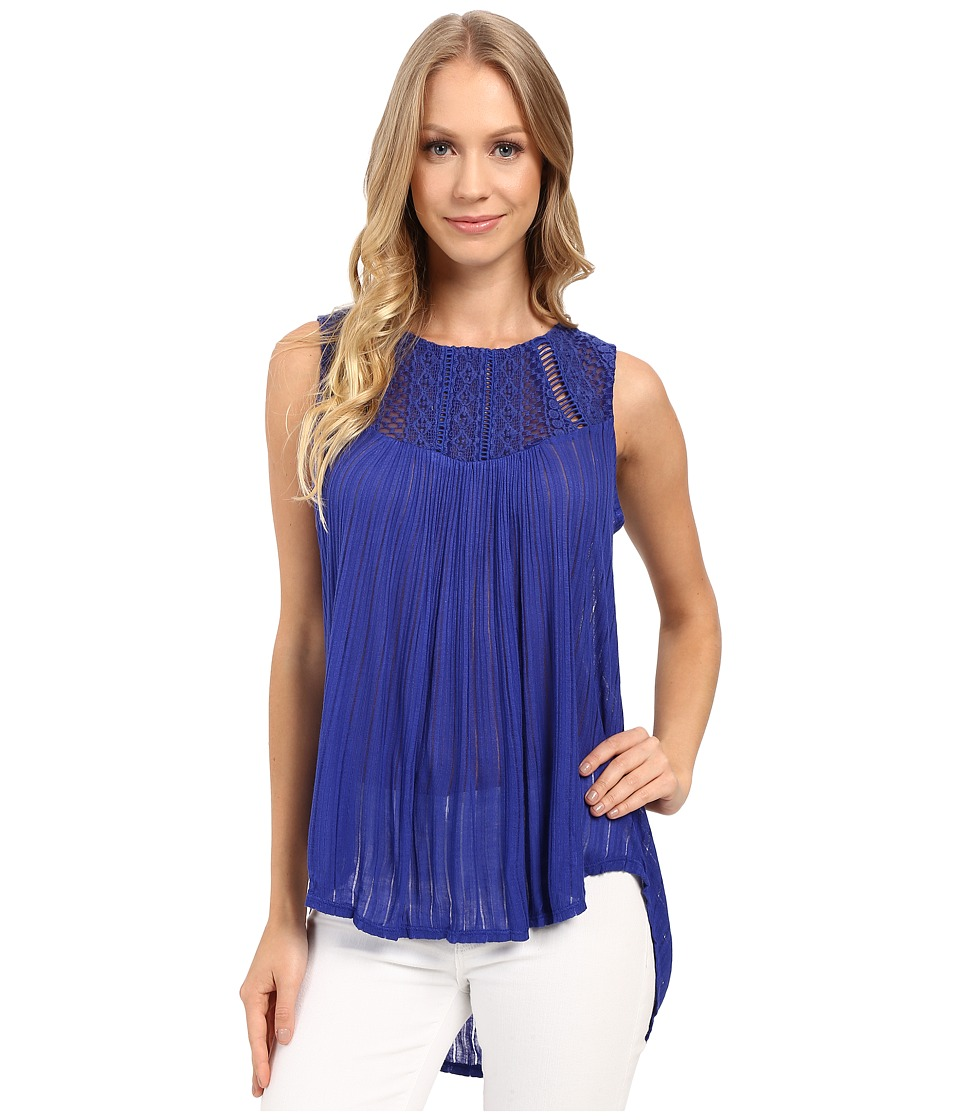 Lucky Brand - Embroidered Yoke Top (Clematis Blue) Women's Clothing