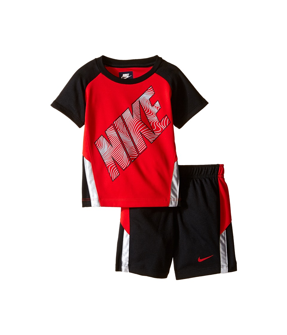Nike Kids - Raglan Short Sleeve Shorts Set (Infant) (Black) Boy's Active Sets