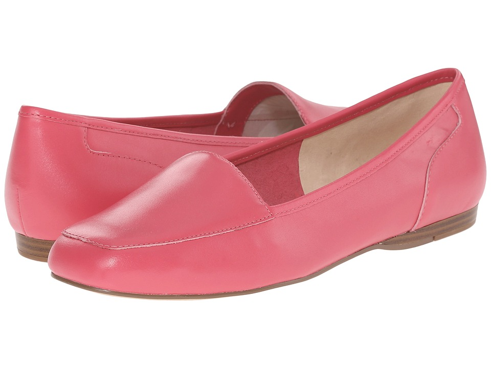 Bandolino - Liberty (Fuchsia Leather) Women's Slip on Shoes