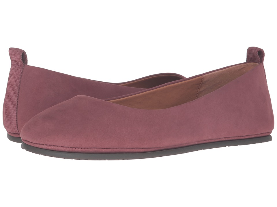 Gentle Souls - Dana (Brick Nubuck) Women's Flat Shoes