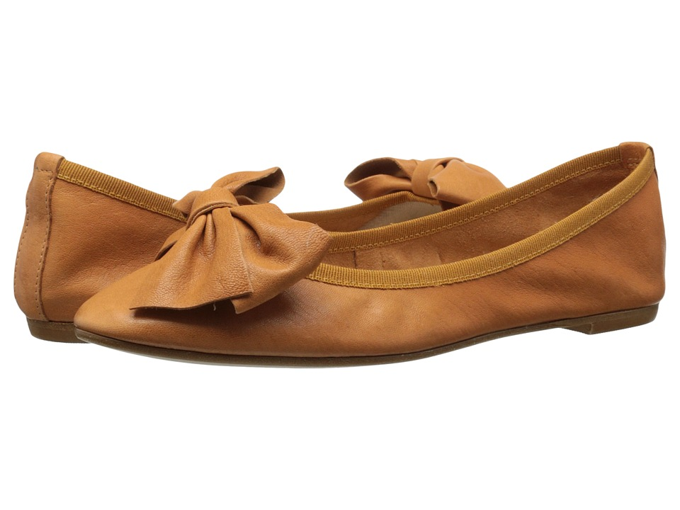Massimo Matteo - Flat with Bow (Cuoio) Women's Flat Shoes