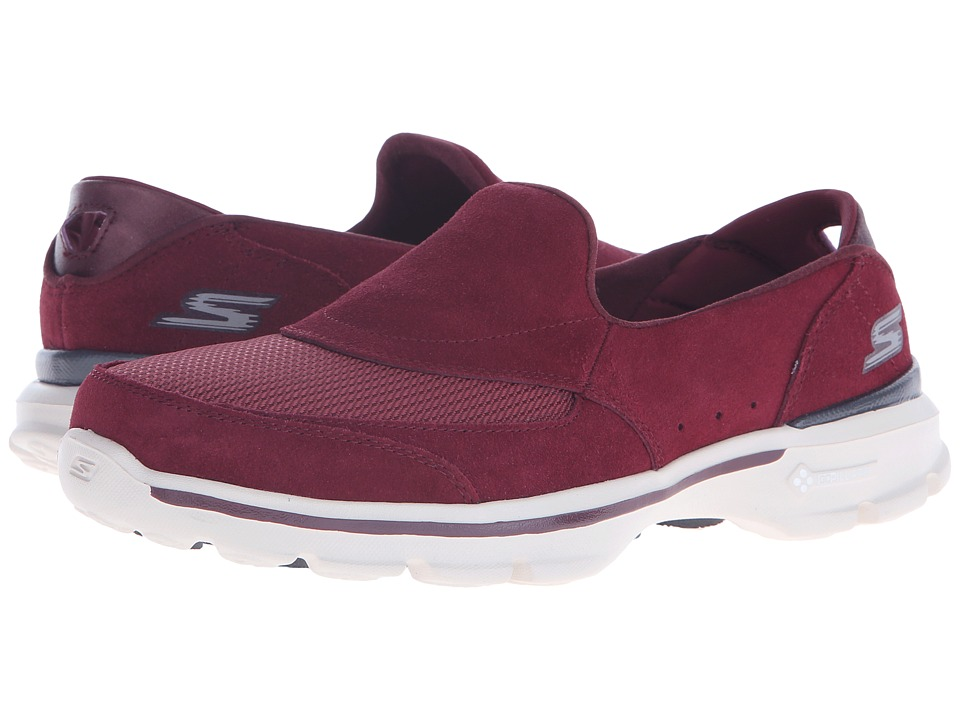 SKECHERS Performance - Go Walk 3 - Equalize (Burgundy) Women's Shoes