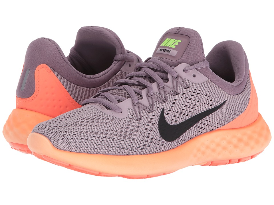 Nike - Lunar Skyelux (Plum Fog/Purple Shade/Bright Mango/Black) Women's Shoes