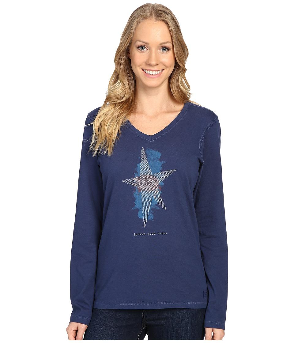 Life is Good - Spread Good Vibes Star Long Sleeve Crusher Vee (Darkest Blue) Women's Long Sleeve Pullover