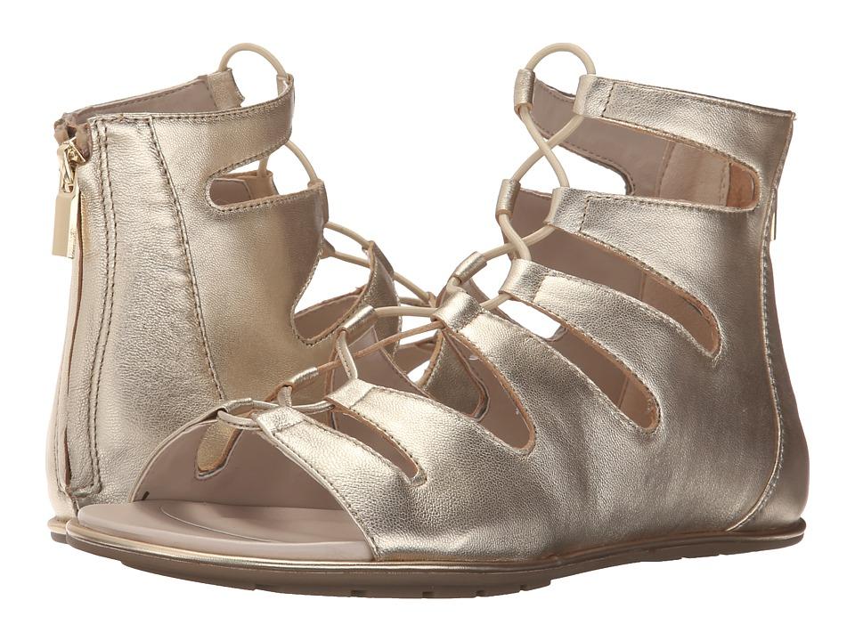 Kenneth Cole New York - Ollie (Platino) Women's Sandals