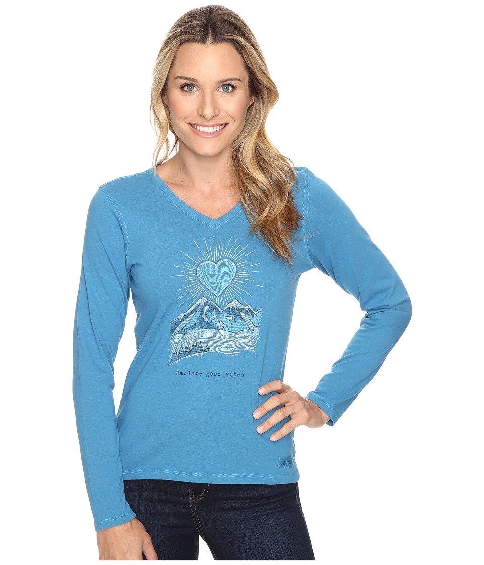 Life is good - Radiant Good Vibes Heart Mountain Long Sleeve Crusher Vee (Denim Blue) Women's Long Sleeve Pullover