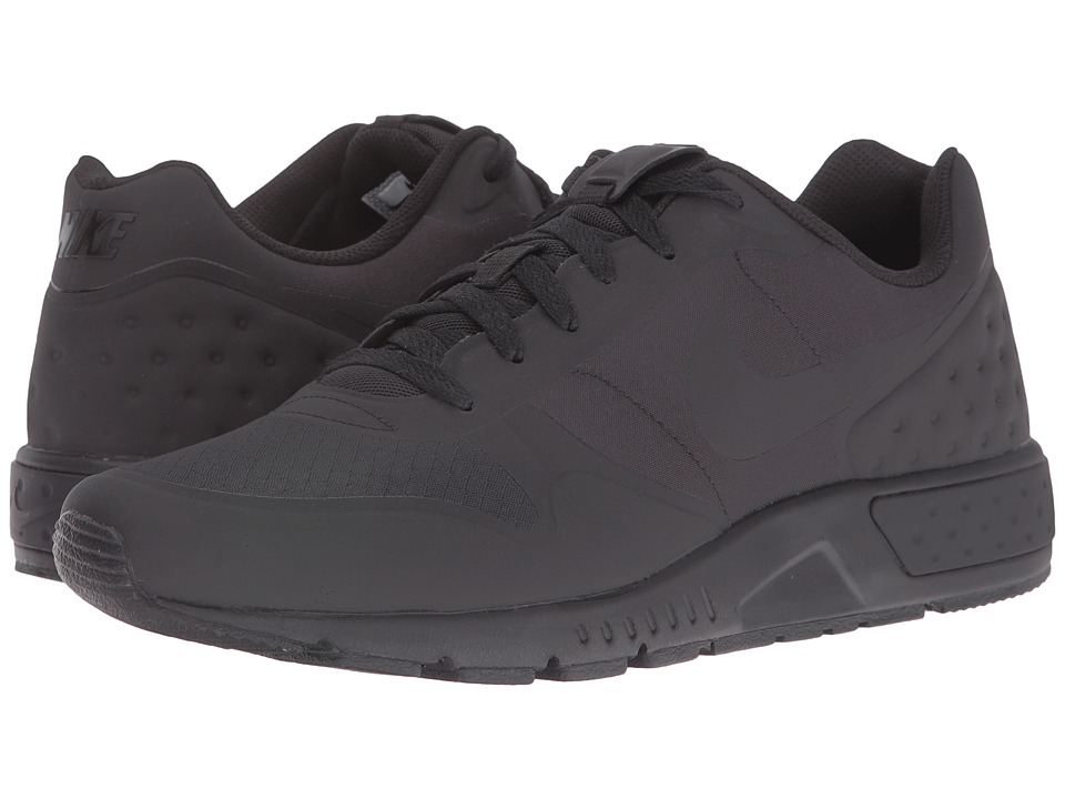 Nike - Nightgazer LW (Black/Black/Black) Men's Lace up casual Shoes
