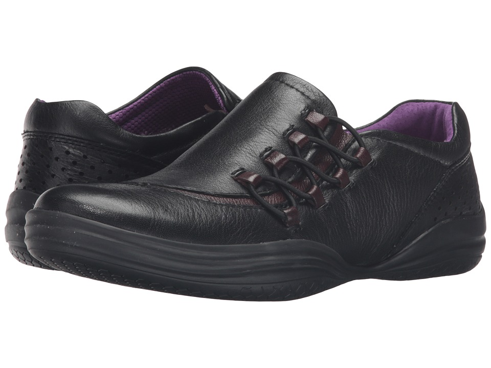 Bionica - Sumter (Black/Bordo) Women's Slip on Shoes