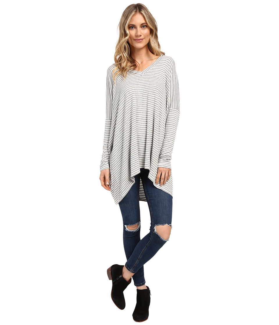 Culture Phit - Ellena Striped V-Neck Long Sleeve Top (Grey) Women's Clothing
