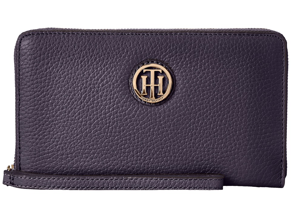 Tommy Hilfiger - TH Serif Signature - Carryall Wristlet (Navy) Wristlet Handbags