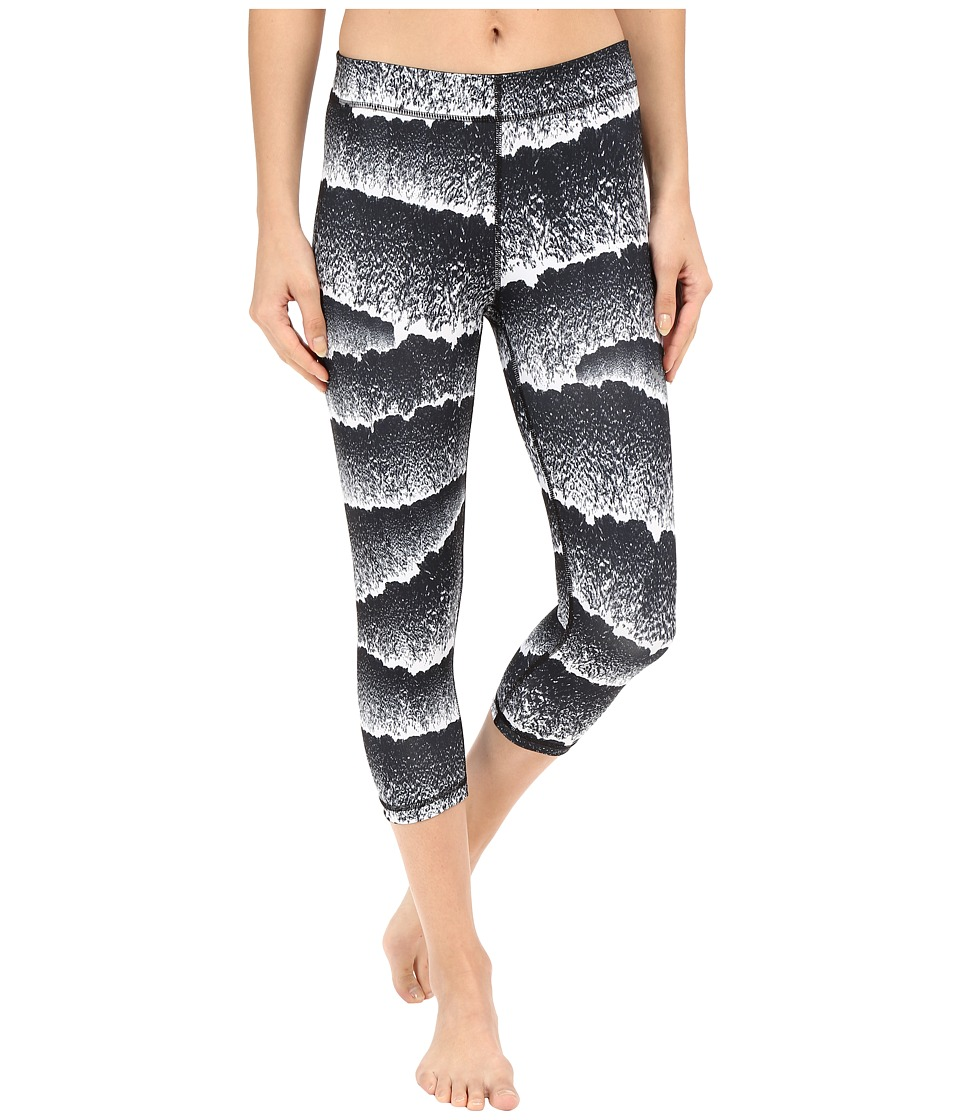PUMA - All Eyes On Me 3/4 Tights (White/Black) Women's Casual Pants