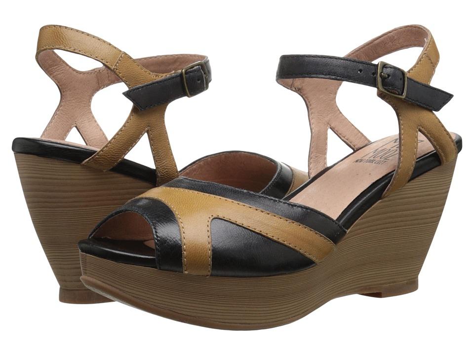 Miz Mooz - Yvonna (Black) Women's Sandals
