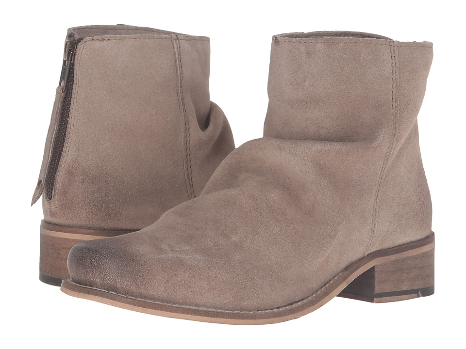 Ariat - Unbridled Sloan (Sand Suede) Cowboy Boots