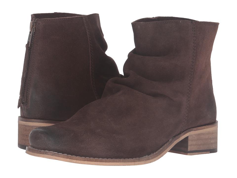 Ariat Unbridled Sloan (Dark Brown Suede) Cowboy Boots
