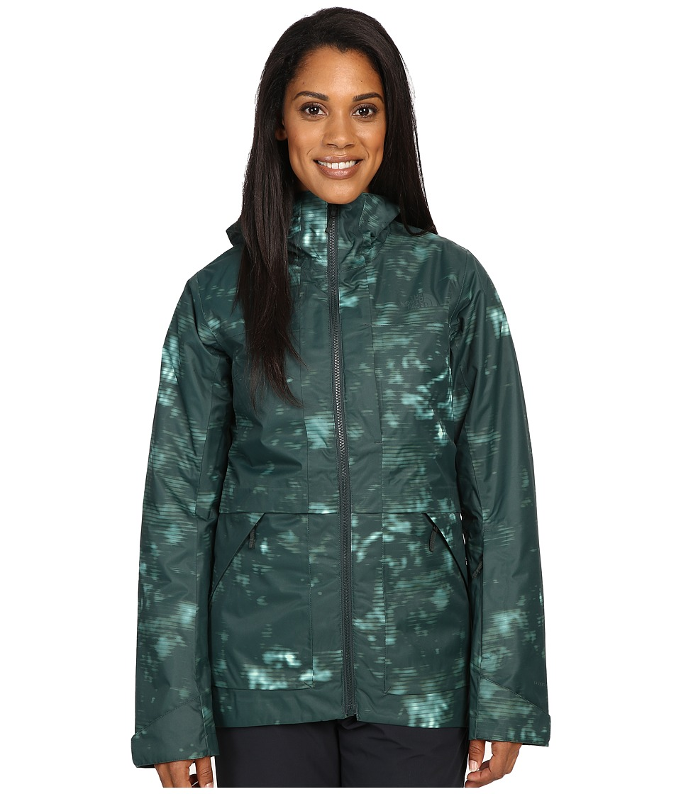 The North Face - Nevermind Jacket (Darkest Spruce Jungle Camo Print) Women's Coat