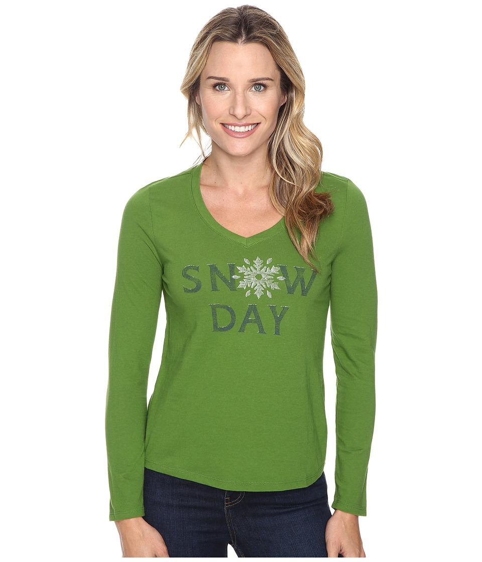 Life is good - Snow Day Snowflake Sleep Vee (Treetop Green) Women's Pajama
