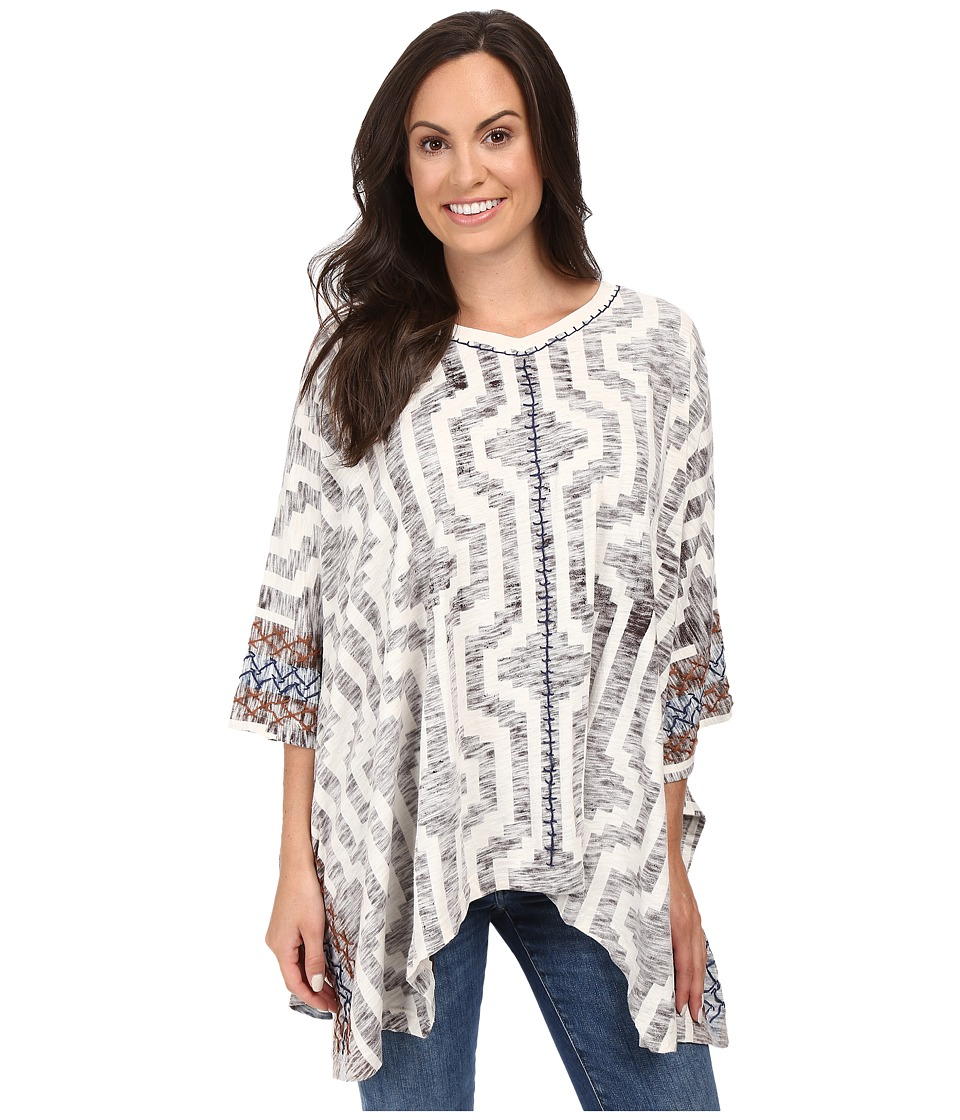 Double D Ranchwear - Ay, ay, ay Poncho (String) Women's Coat