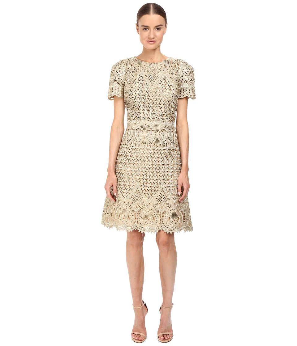 Marchesa - Ornate Laser-Cut and Threadwork Brocade Cocktail with Cap Sleeves (Gold) Women's Dress